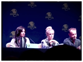 CW's Arrow Panel (Left to Right): Katrina Law (Nyssa al Ghul), Caity Lotz (Sarah Lance), David Nykl (Russion dude)