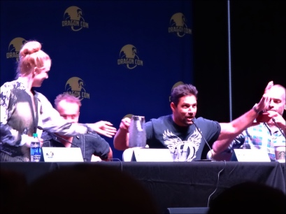 At the end of the panel, Manu Bennett announced he had been tagged for the ALS Ice Bucket Challenge.